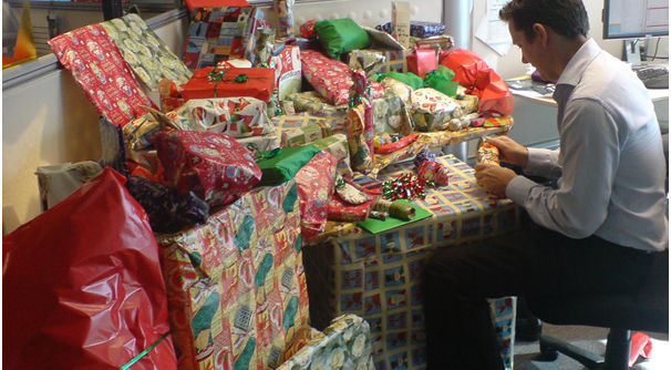 how-to-have-a-great-office-christmas-party-on-a-budget